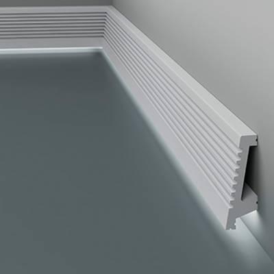 Licht - Sockelleiste / Fußleiste 6.53.702 Lines | aus hochfestem und wasserfestem Polystyrol